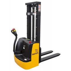 NOVA 3010E Electric Stacker